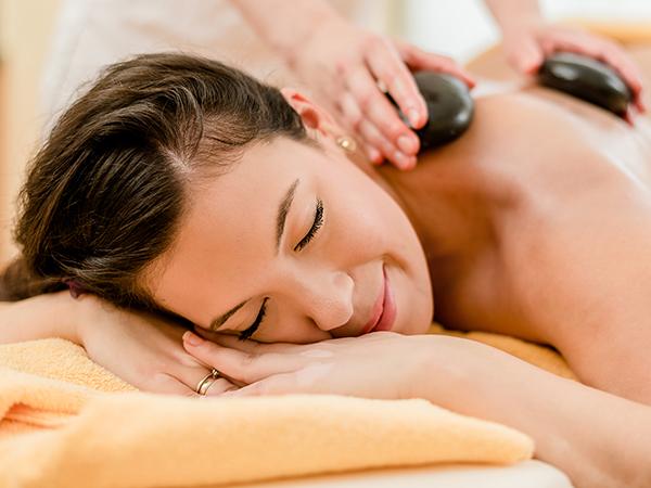 Hot-Stone-Massage 80 Minuten